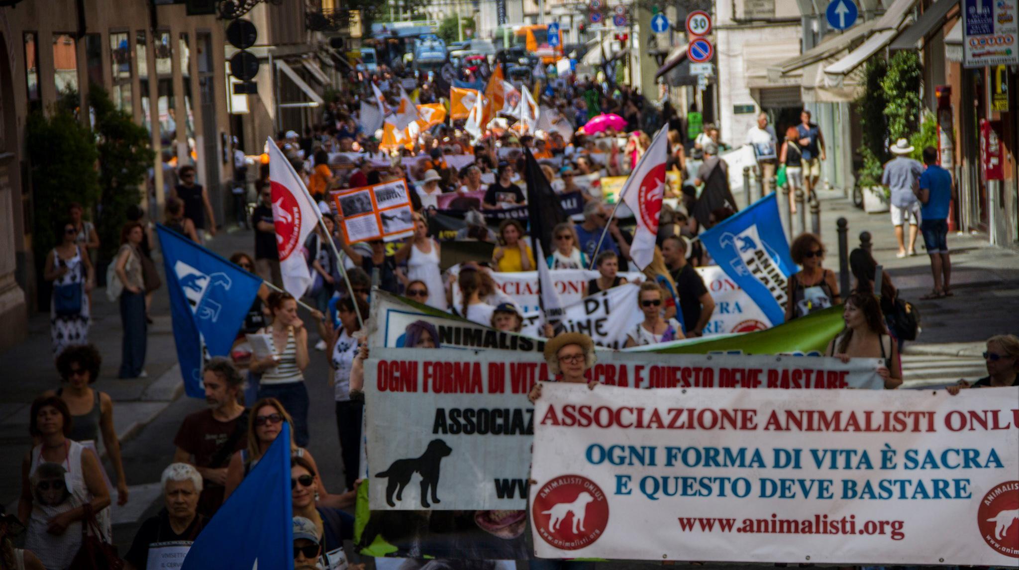 Corteo Nazionale Macachi Liberi – 14 settembre invadiamo Parma